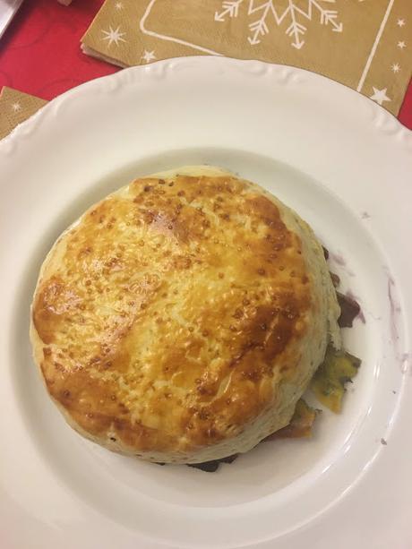 Hojaldre De Queso Camembert Con Mermelada De Arándanos
