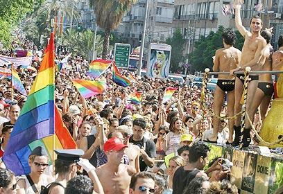 Masiva participación en el Orgullo Gay de Tel Aviv
