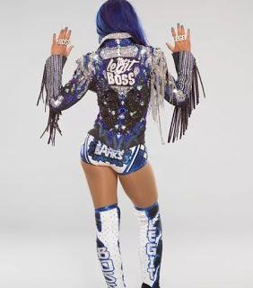 Sasha Banks hace  broma sobre cuanto gana en WWE
