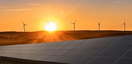 AleaSoft: La fotovoltaica y la eólica imprescindibles para la independencia en importación de combustibles