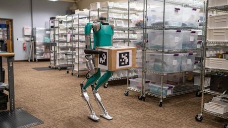 Digit, un robot con brazos y piernas, para la venta comercial