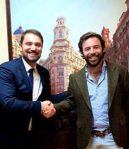 Acuerdo estratégico entre Jiménez Astorga Abogados y Grupo Remove para la defensa de la reputación online