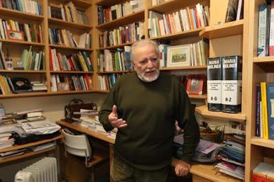 """Julio Anguita: """"La izquierda debe dar lecciones de educación y no caer en la provocación""""."""