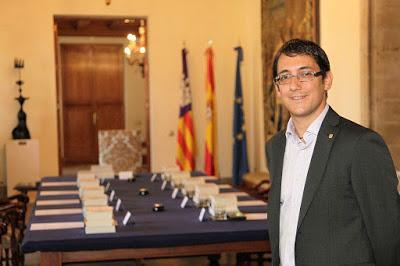 Así combaten, en Baleares, el turismo de excesos.