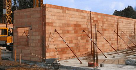 los arquitectos os podemos ayudar en la elección de constructora