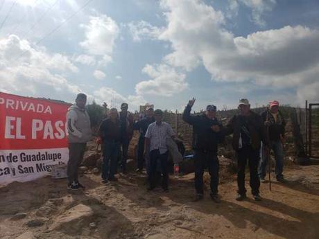 Comuneros pro fraccionamientos bloquearon acceso a la Cañada del Lobo