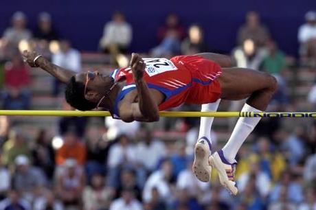 Las plusmarcas del mundo de atletismo: Pruebas en pista cubierta (indoor)–Hombres