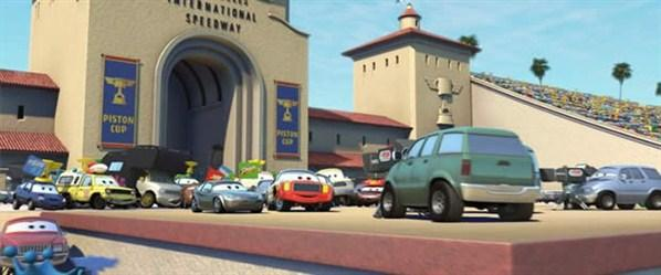 Cars (Cortesía Disney Pixar)