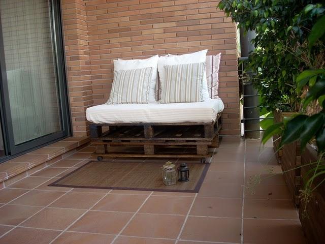 El sofá de palets de Yolanda por 12€
