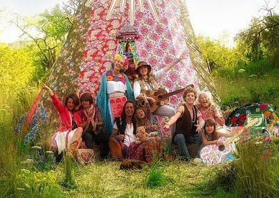 ¡¡Ay qué hippies somos!! World Family Ibiza