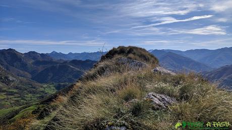 Arista a la cima del Pico Formoso