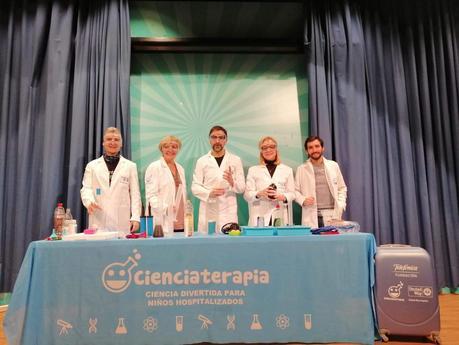 United Way: La ciencia divierte a niños hospitalizados