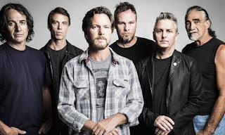 Pearl Jam - Superblood Wolfmoon (2020)