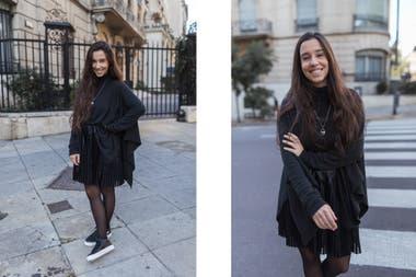 Falda Plisada Negra Con Zapatillas