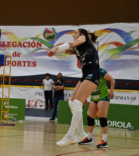 Dura derrota de Cajasol Juvasa Voley ante Feel Volley Alcobendas por 0-3