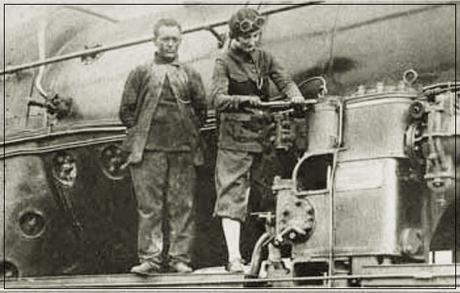 La mujer en el ferrocarril