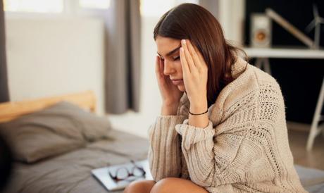 El agotamiento emocional: La razón por la cual ya no te sientes bien aún cuando descansas
