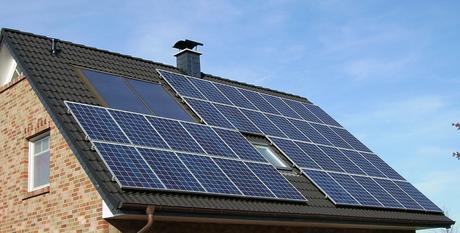 Paneles solares en viviendas: 10 preguntas frecuentes