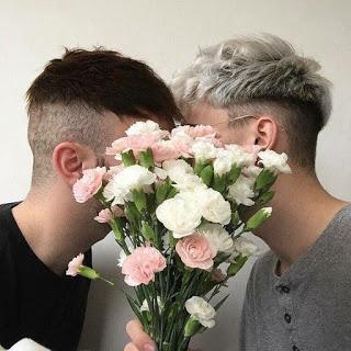 POEMA- RELATO LGBTI: TODA UNA VIDA. CAPÍTULO 2: UNA FLOR SIN PÉTALOS
