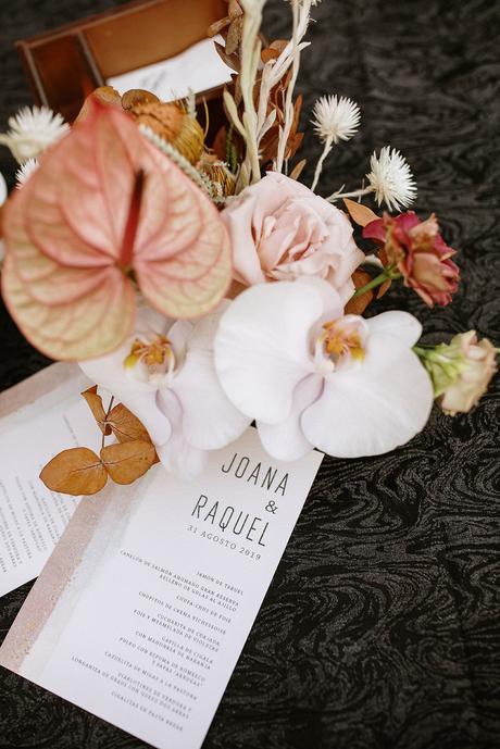 Boda boho chic dos novias | papelería diseño grafico | Bodas de Cuento