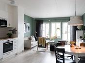 Elegante salón scandi verde grisáceo blanco