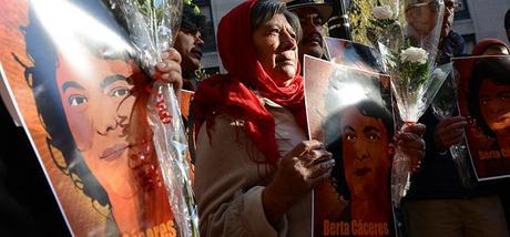 ¿Cuándo cesará el acoso a los defensores de los derechos humanos?