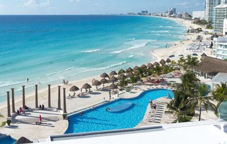 Ya hay viaje en avión de San Luis Potosí a Cancún
