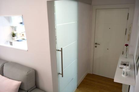 Puerta de acceso a cocina