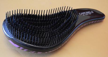 "El cepillo ""I-Tangle Brush"" de CAROBELS"