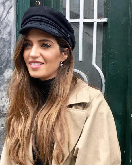 Sara Carbonero Falda Plateada