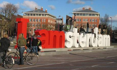 Declaración de Amsterdam 2000:  el derecho a usar la bicicleta