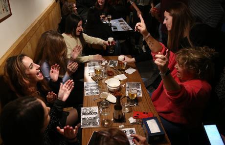 Bingo y cerveza en el bar Buenavista