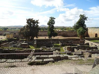 Yacimientos y calzada romana original