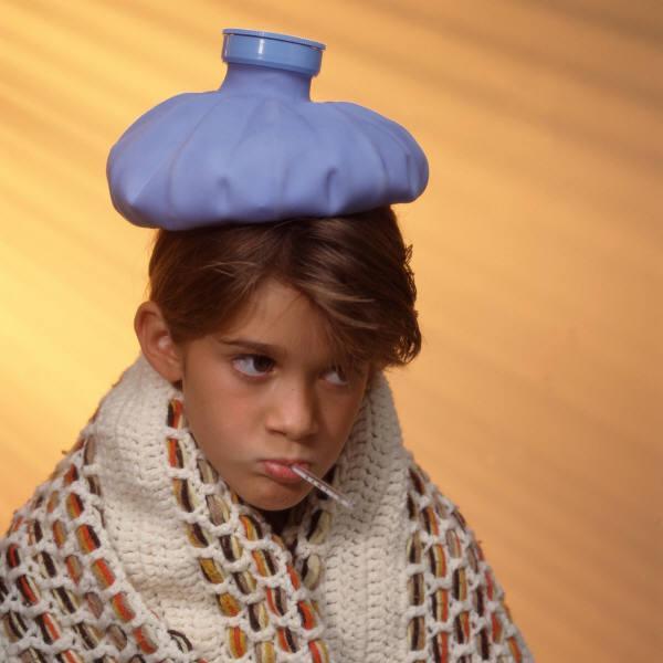 Baño En Ninos Con Fiebre: no usar agua fría para bajar la fiebre de los niños – Paperblog