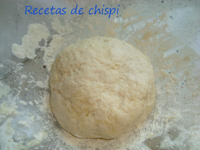 PIZZA DE BACÓN Y CHORIZO
