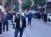 Musulmanes orando calle pese Estado Alarma.