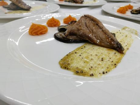 Jurel teriyaki, puré de boniato y mermelada de kiwi