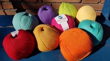 Trapillo tejido de colores de lanas Gayfil