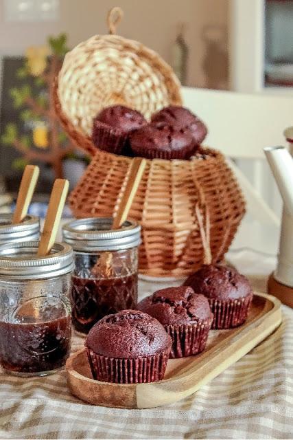 Banana & Chocolate Muffins