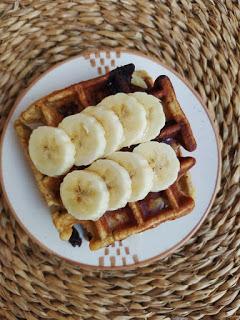 Gofres de avena, plátano y chips de chocolate - Vegano & Sin Gluten