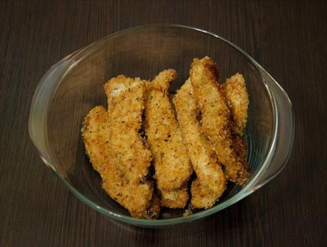 Ensalada templada de pollo empanado