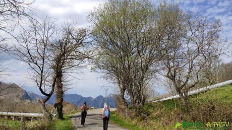 Inicio de la ruta por encima de San Román