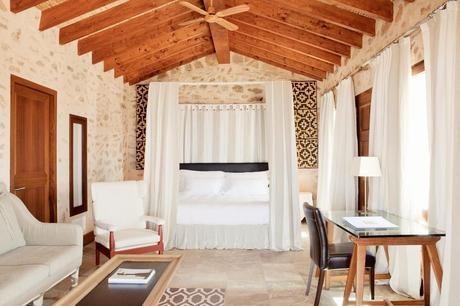 ¿Te escapadas a una de estas 6 Espectaculares Suites con Piscina Privada?.