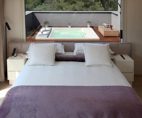 ¿Te escaparás a una de estas 6 Suites con Jacuzzi Exterior Privado?