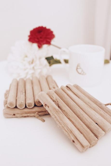 3 manualidades con palitos de madera - Posavasos- Paso a paso _ El blog de Laucreativa