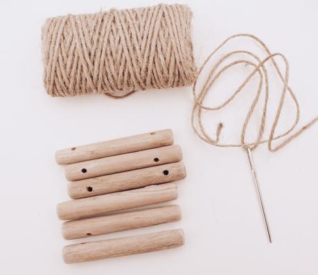 3 manualidades con palitos de madera - Posavasos _ El blog de Laucreativa