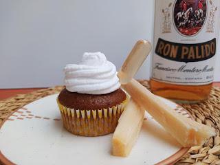 Cupcakes de ron pálido y café