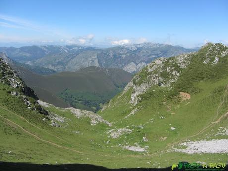 Valle de descenso a la Majada el Gavilán