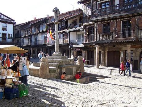 turismo de cercanía en Salamanca, plaza mayor de La Alberca