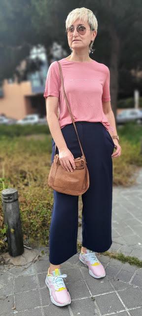 Pantalones y camiseta